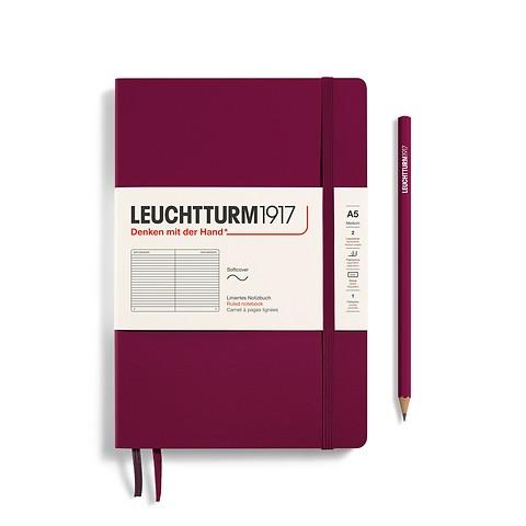Carnet de notes Medium (A5), couverture souple, 123 pages numérotées, Port Red, ligné