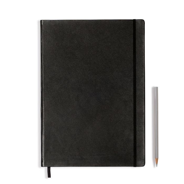 Carnet en Cuir Master (A4+) couverture rigide, 233 pages numérotées, blanc, noir